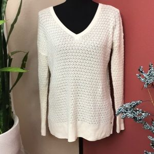 EUC - AEO - V Neck Sweater